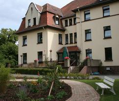 Theodor-Weiß-Haus