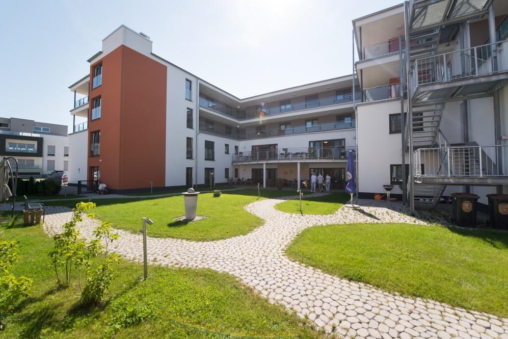 AWO-Seniorenwohn und Pflegezentrum Petersberg